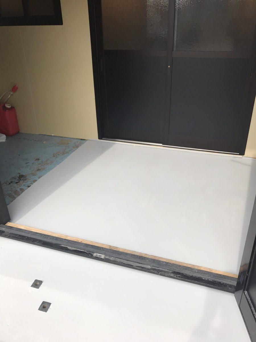 床 タイル風塗装