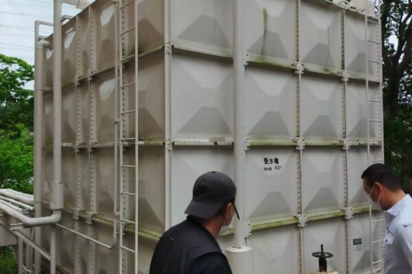 受水槽工事:厚木市の外壁塗装・屋根塗装専門店の亜久里工業